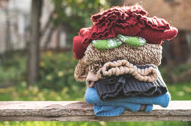 Stack of warm clothing:スマホ壁紙(壁紙.com)
