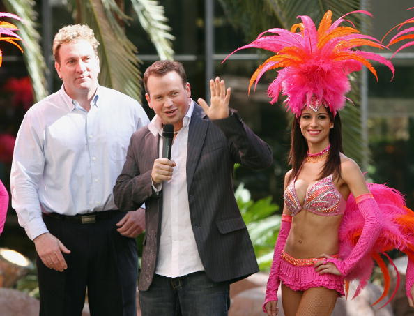 Nathan Burton「Magician Nathan Burton Named New Headliner At Flamingo」:写真・画像(10)[壁紙.com]