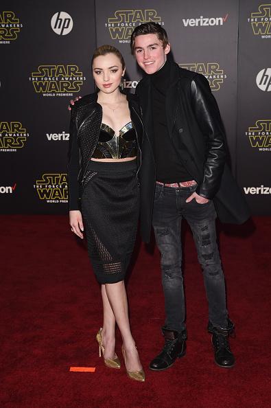 """スター・ウォーズ・シリーズ「Premiere Of Walt Disney Pictures And Lucasfilm's """"Star Wars: The Force Awakens"""" - Arrivals」:写真・画像(15)[壁紙.com]"""