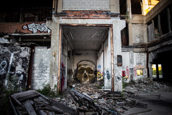 Abandoned「Detroit Struggles To Re-Build A Bankrupt City Amidst Poverty And Blight」:写真・画像(14)[壁紙.com]