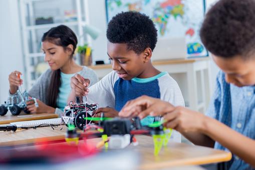 工業技術「中学生作業ロボット プロジェクト グループ」:スマホ壁紙(14)