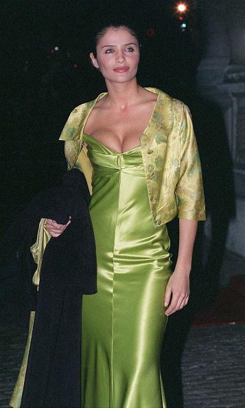 Cleavage - Breasts「Model Helena Christensen」:写真・画像(17)[壁紙.com]