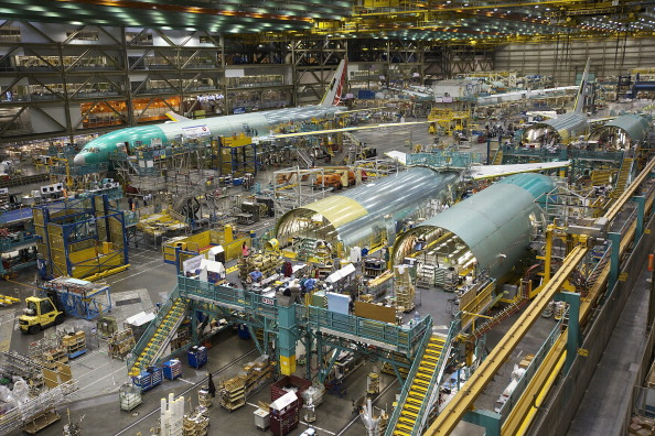 Aerospace Industry「Boeing's Everett Plant Continues Assembly Of 777 And 787 Widebody Jets」:写真・画像(4)[壁紙.com]