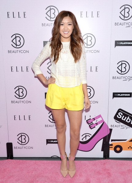 Sponsor「3rd Annual BeautyCon Summit Presented By ELLE Magazine At Pier 36 In New York City」:写真・画像(6)[壁紙.com]