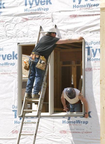 Tim Boyle「Housing Starts Jump 6.4% In March」:写真・画像(4)[壁紙.com]