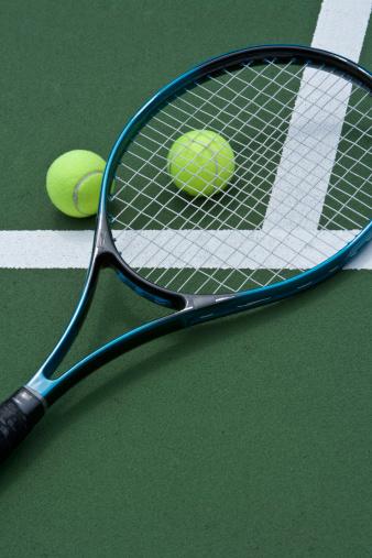 テニス「racket and tennis balls」:スマホ壁紙(14)