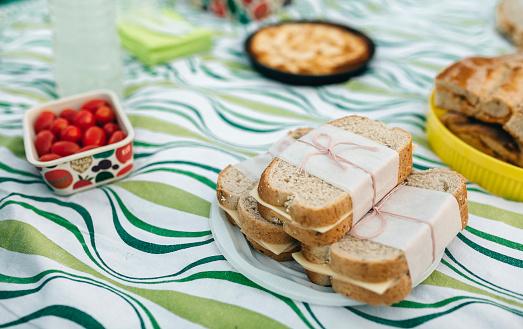 Picnic「Picnic with sandwiches」:スマホ壁紙(14)