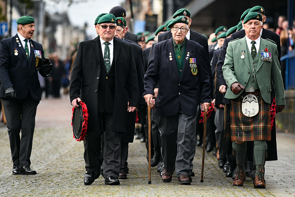 100th Anniversary「Scotland Observes Remembrance Sunday On The Centenary Of WW1 Armistice Day」:写真・画像(8)[壁紙.com]