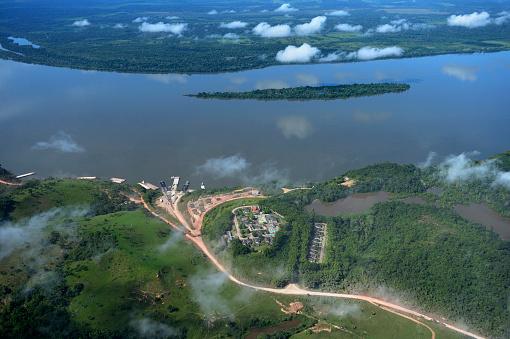 アマゾン熱帯雨林「Brazil, Para, Itaituba, harbor used for illegal timber export」:スマホ壁紙(9)