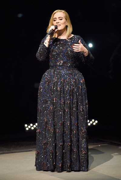 歌手 アデル「Adele Live 2016 - North American Tour In Los Angeles, CA」:写真・画像(15)[壁紙.com]