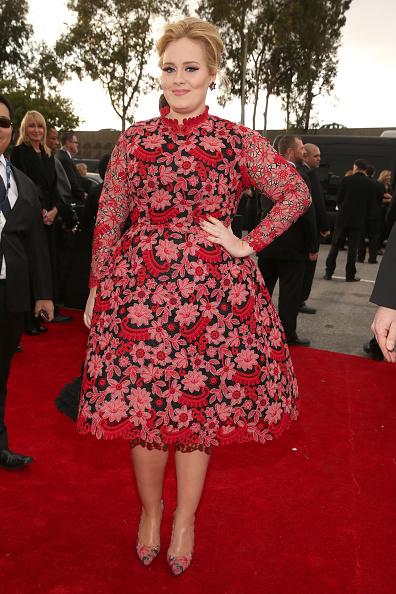 歌手 アデル「The 55th Annual GRAMMY Awards - Red Carpet」:写真・画像(1)[壁紙.com]