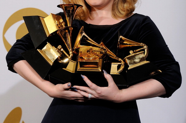 勝つ「The 54th Annual GRAMMY Awards - Press Room」:写真・画像(5)[壁紙.com]