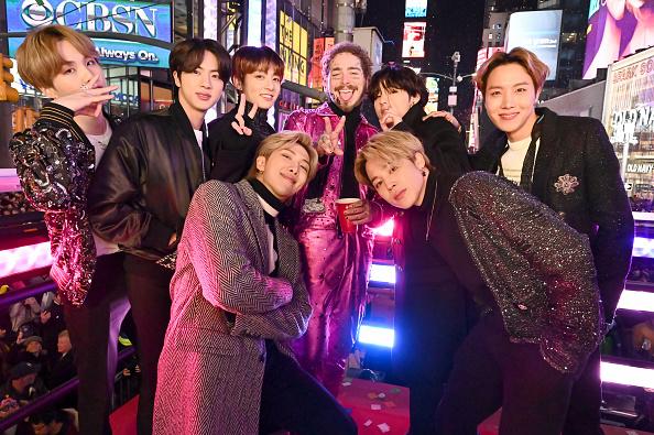 Kim Tae-Hyung「Dick Clark's New Year's Rockin' Eve With Ryan Seacrest 2020」:写真・画像(6)[壁紙.com]