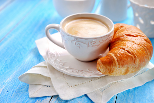 French Food「Croissant and coffee」:スマホ壁紙(17)