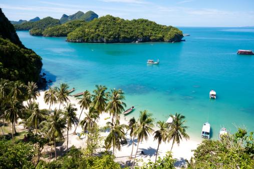Thailand「Sunny beach on AngThong National Park in Koh Samui, Thailand」:スマホ壁紙(19)