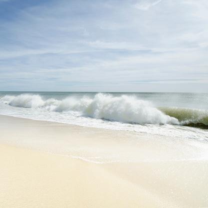 波「Sandy beach with waves」:スマホ壁紙(8)