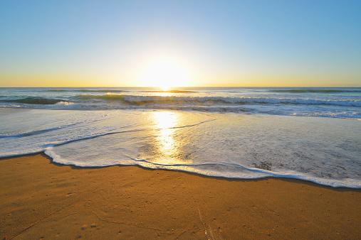 90マイルビーチ「Sandy Beach with Sun」:スマホ壁紙(4)