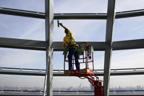 Architectural Feature「Spring Cleaning Of Reichstag Dome」:写真・画像(9)[壁紙.com]