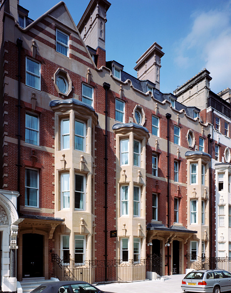 Heart「Modern construction in a traditional style, in the heart of Westminster Borough.」:写真・画像(13)[壁紙.com]