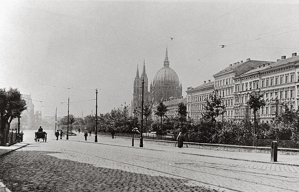 District「Parish Church in Budapest」:写真・画像(15)[壁紙.com]