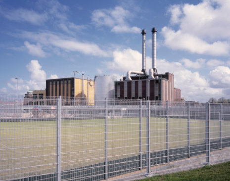 South Holland「City heating plant with exhaust pipes.」:スマホ壁紙(13)