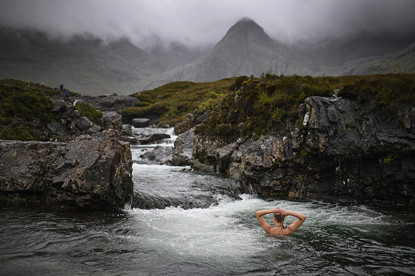 Horizontal「The Isle Of Skye Overwhelmed By Tourism Surge」:写真・画像(5)[壁紙.com]