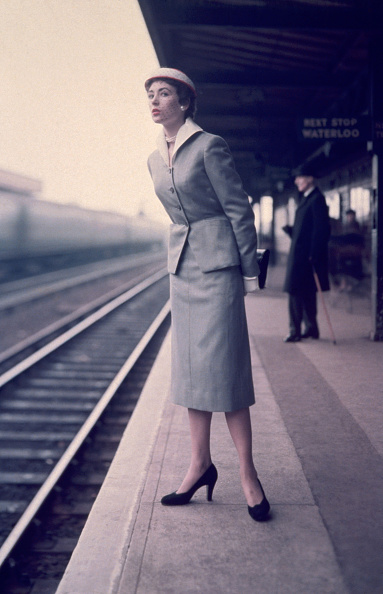 1950-1959「Waiting For Train」:写真・画像(17)[壁紙.com]