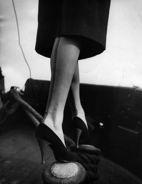 Unusual Angle「Seamed Stockings」:写真・画像(6)[壁紙.com]