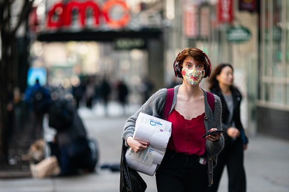 Street「New York City On Edge As Coronavirus Spreads」:写真・画像(15)[壁紙.com]