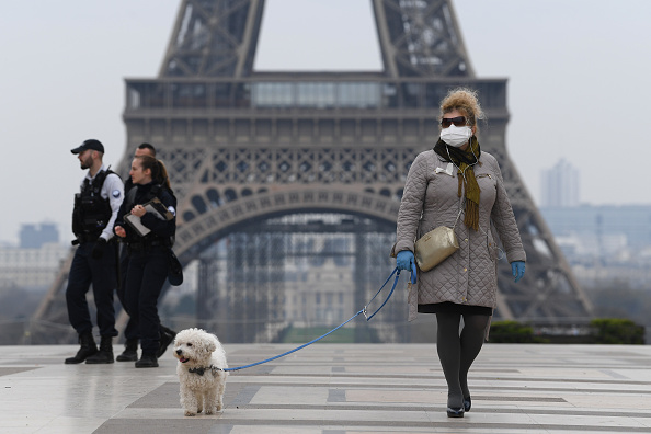 Paris - France「France Faces The Coronavirus」:写真・画像(1)[壁紙.com]