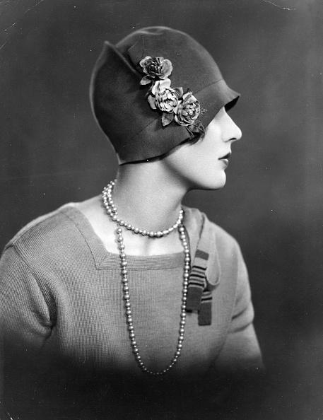 Fashion「Cloche Hat」:写真・画像(7)[壁紙.com]
