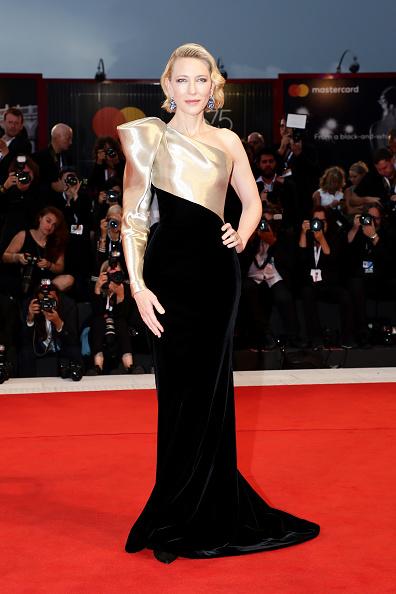 Venice International Film Festival「Suspiria Red Carpet Arrivals - 75th Venice Film Festival」:写真・画像(10)[壁紙.com]