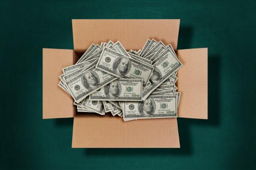 American One Hundred Dollar Bill「Cardboard Box Full of Money」:スマホ壁紙(8)