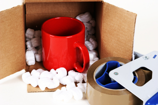 ペア「段ボール箱、パッケージで梱包材です。テープ、コーヒーカップ。」:スマホ壁紙(18)