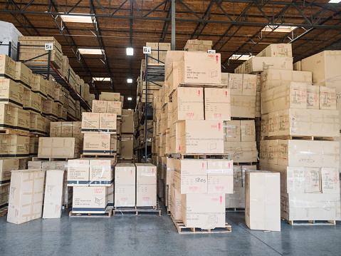 Checklist「Cardboard boxes in warehouse」:スマホ壁紙(9)