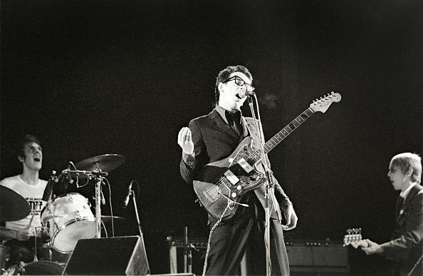 Elvis Costello「Elvis Costello And The Attractions」:写真・画像(10)[壁紙.com]