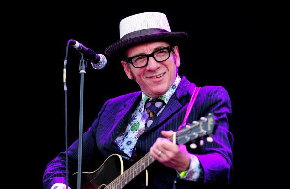 Elvis Costello「Hard Rock Calling - Day 3」:写真・画像(5)[壁紙.com]