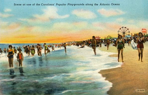 Recreational Pursuit「Scene At One Of The Carolinas Popular Playgrounds Along The Atlantic Ocean 1」:写真・画像(0)[壁紙.com]