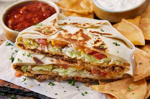 Taco「The Cheesy Beef Crunch Wrap Supreme」:スマホ壁紙(12)