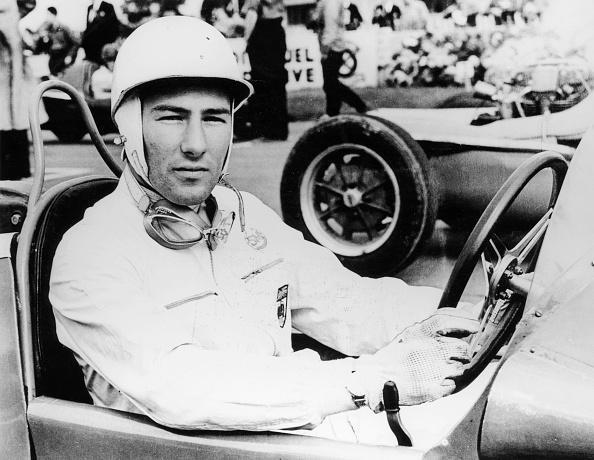 F1グランプリ「Stirling Moss at Goodwood, 1954.」:写真・画像(17)[壁紙.com]