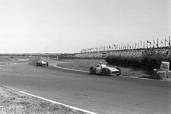 British Formula One Grand Prix「Stirling Moss, Juan Manuel Fangio, Grand Prix Of Great Britain」:写真・画像(9)[壁紙.com]
