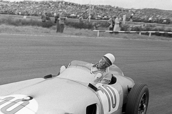 Netherlands「Stirling Moss, Grand Prix Of The Netherlands」:写真・画像(4)[壁紙.com]
