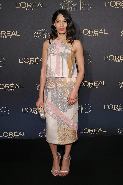 Freida Pinto「L'Oreal Paris Women of Worth 2015 Celebration - Arrivals」:写真・画像(8)[壁紙.com]