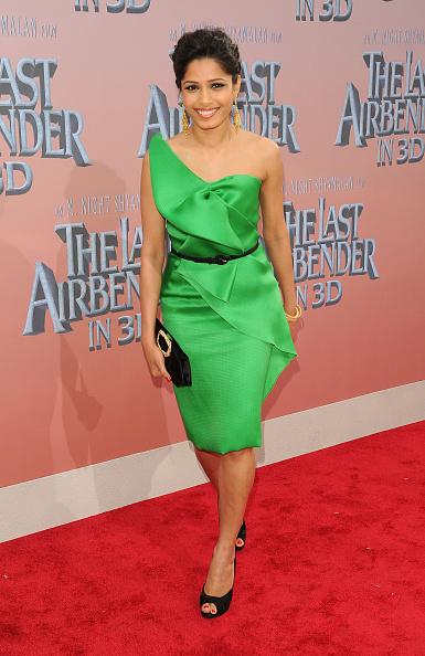 "Clutch Bag「""The Last Airbender"" New York Premiere - Outside Arrivals」:写真・画像(18)[壁紙.com]"