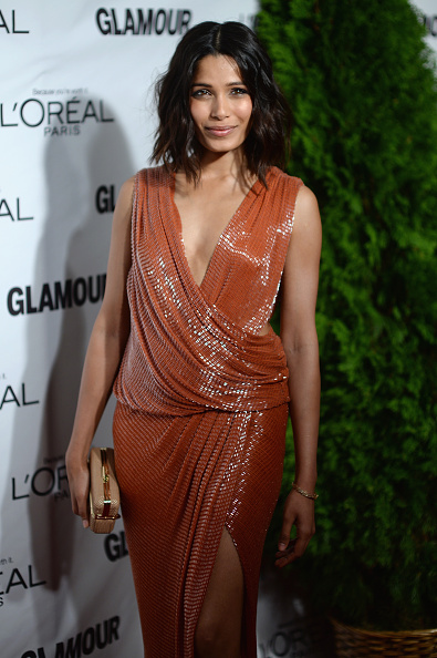 Freida Pinto「Glamour's Cindi Leive Honors The 2014 Women Of The Year - Arrivals」:写真・画像(10)[壁紙.com]