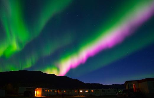 Heat Haze「Colorful Aurora Borealis」:スマホ壁紙(10)