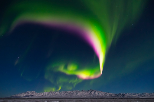 star sky「A colorful aurora display above Granite Mountain, south of Delta Junction」:スマホ壁紙(0)
