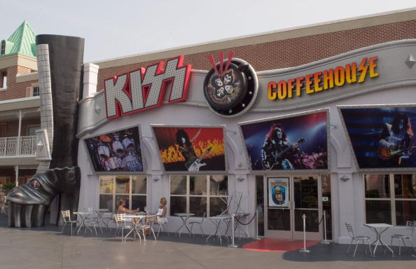 "Deep Fried「""Kiss"" Opens Rock-Themed Coffeehouse」:写真・画像(17)[壁紙.com]"