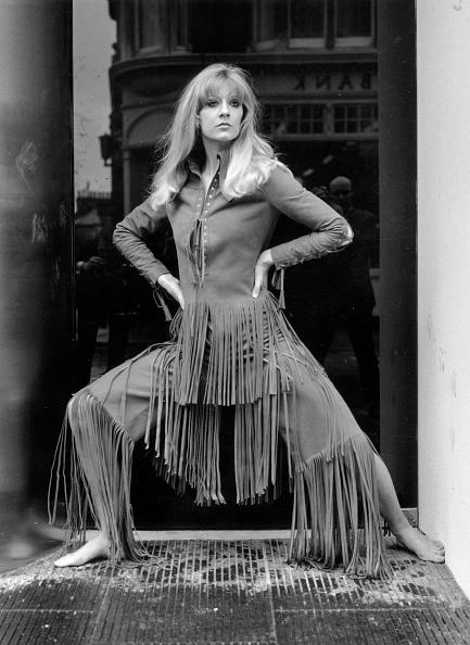 Suede「Cowgirl Fashion」:写真・画像(9)[壁紙.com]
