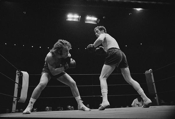 Boxing Ring「White vs Imrie」:写真・画像(10)[壁紙.com]